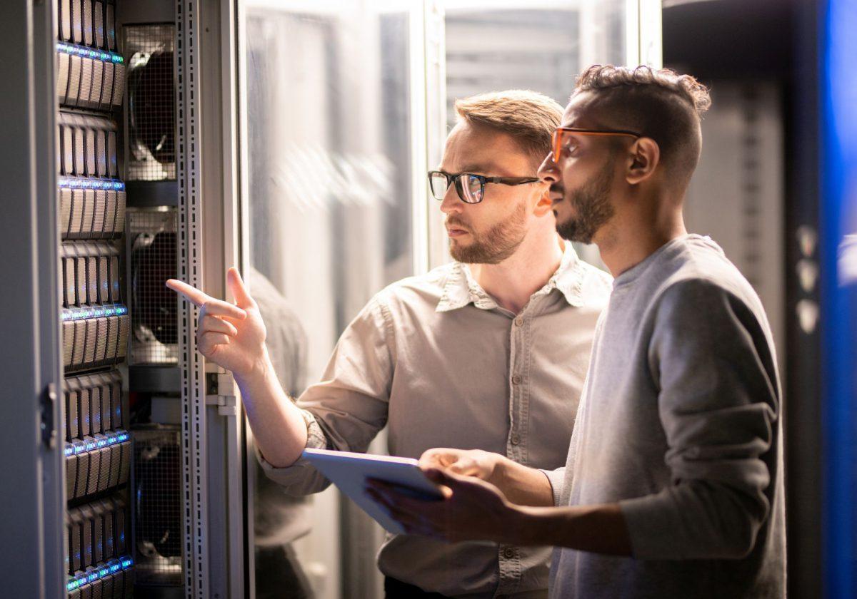 Data Center – dlaczego warto wybrać usługi dla firmy?